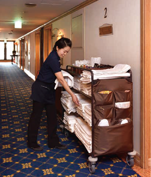 「HOTEL LINEN WAGON」+「LINEN COLLECTING WAGON」